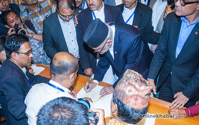 Susil-Koirala-sign-on-the-Constitution-of-Nepal